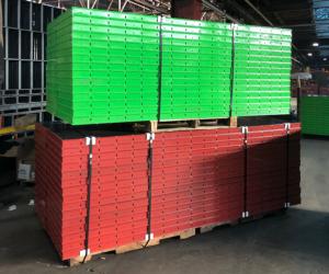 surebuilt-form-panels-green-red